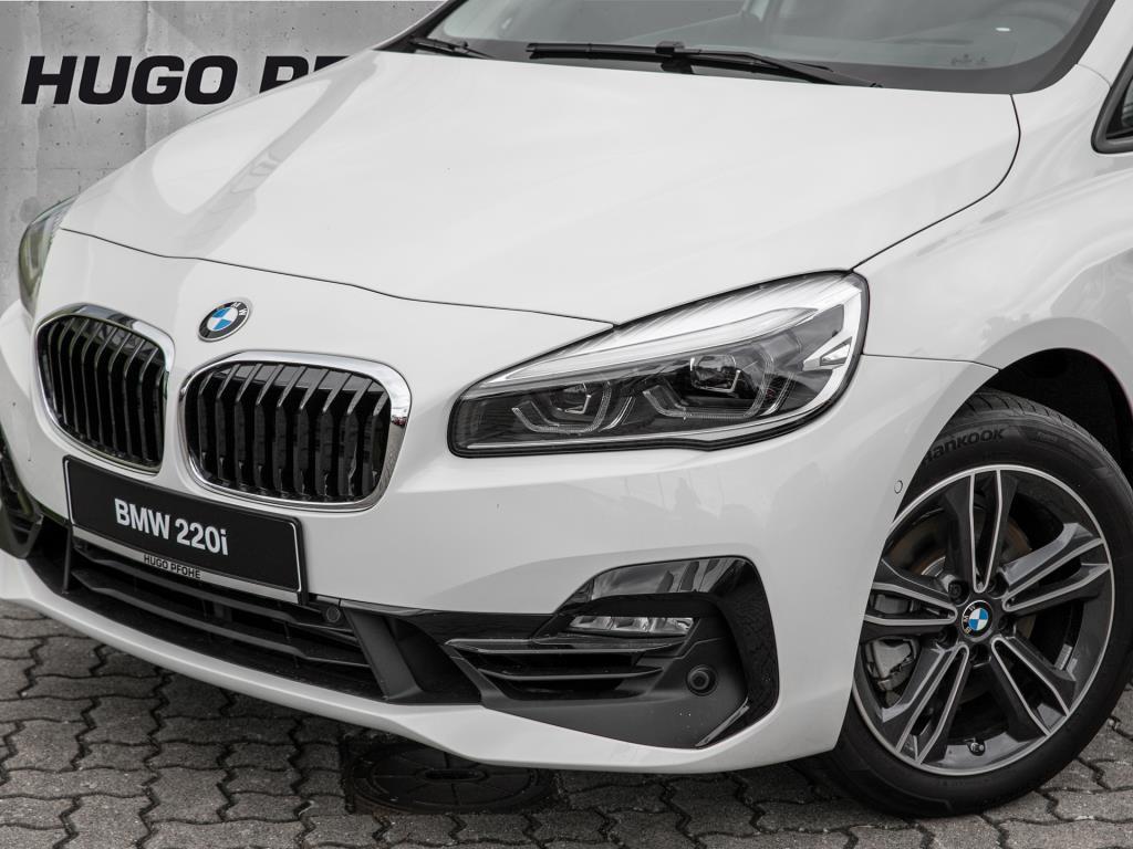 BMW 220i Active Tourer Aut. Sport Line / Navi / LED / Leder
