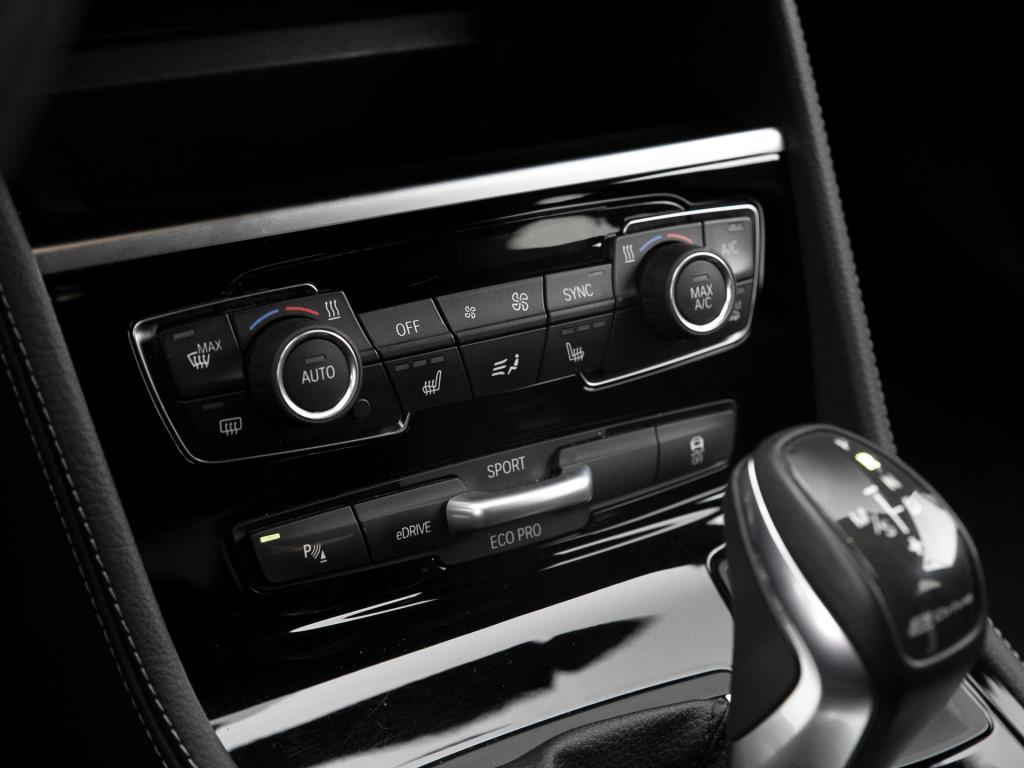 BMW 225xe Active Tourer Sport Line / Navi Plus / Kamera / LED