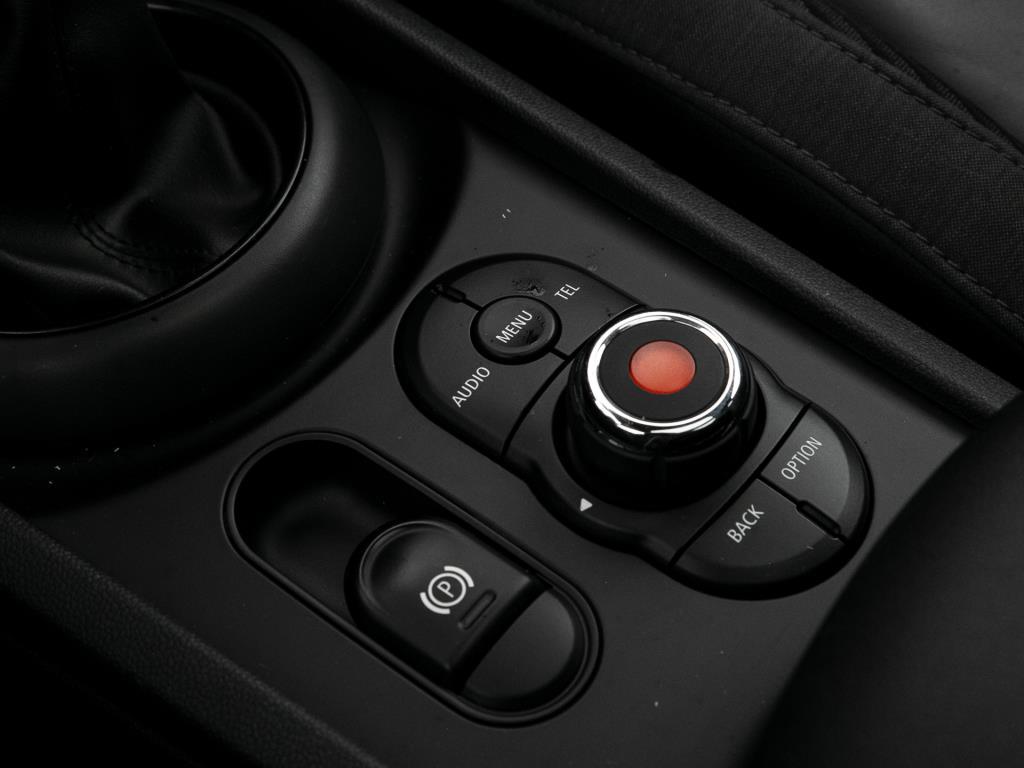 Mini One Clubman  LED / Rückfahrkamera / AHK / Sitzheizung